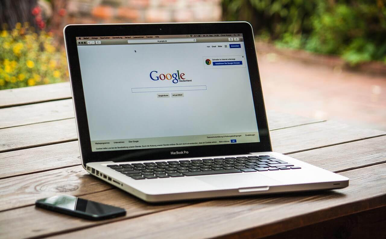 Stay Ahead of Hackers - Why you Should Use an Up-To-Date Browser Web ...